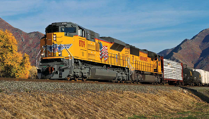 Union Pacific strengthens tech workforce with internships for first-generation college students